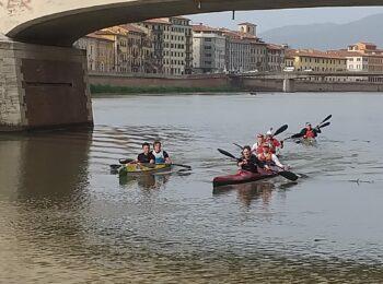 La discesa dell'Arno in canoa